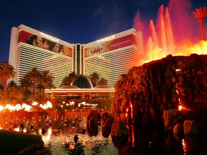 ミラージュホテルの火山ショー