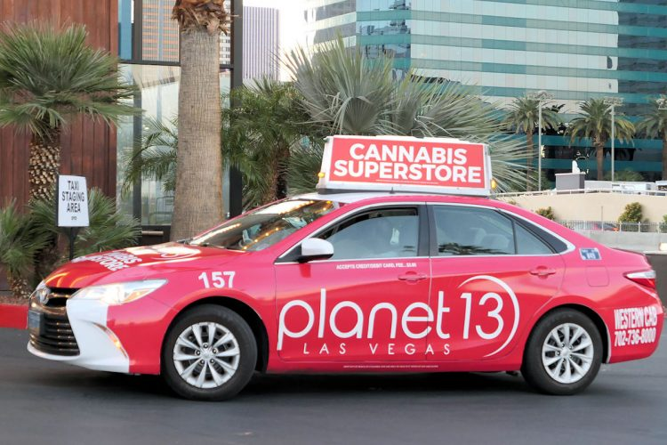 派手な広告で知られるラスベガスのタクシー