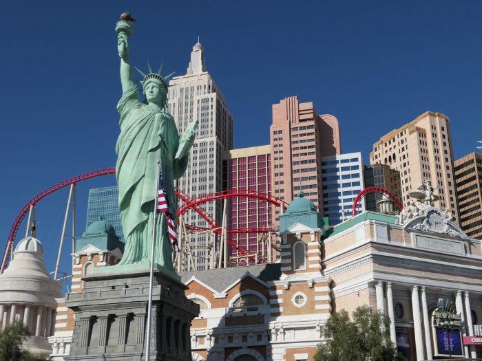 ニューヨークニューヨークホテルの自由の女神像