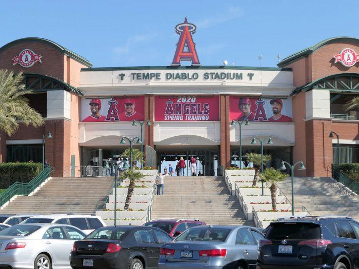 エンゼルスのキャンプ地のメインスタジアム