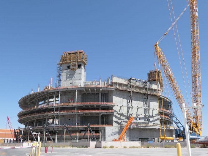 ベネチアンホテルに隣接する空き地で建設が進められている「MSG Sphere」の工事現場。