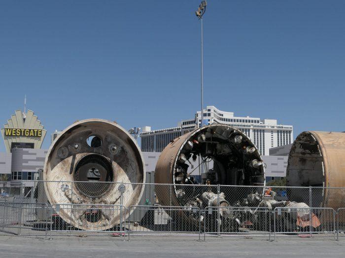 「ラスベガスコンベンションセンター駅」の地上に置かれたトンネル工事用の掘削機。