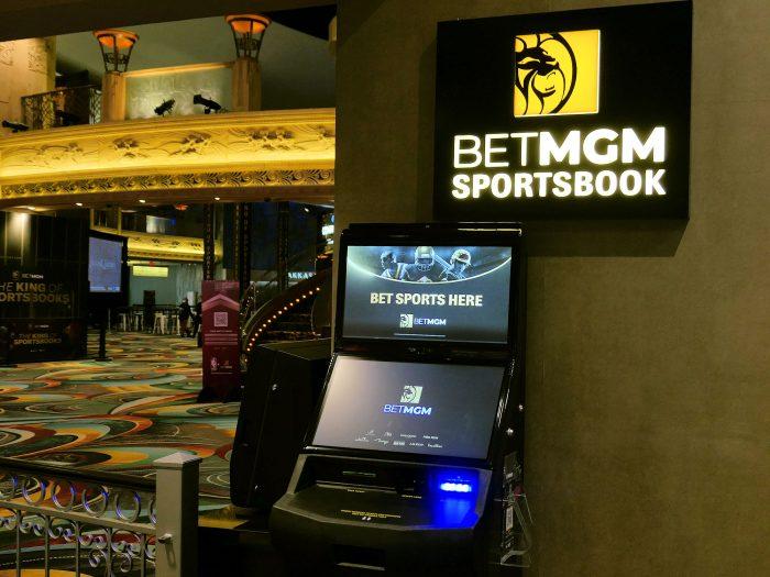 MGMグランドのスポーツブックにある端末装置。
