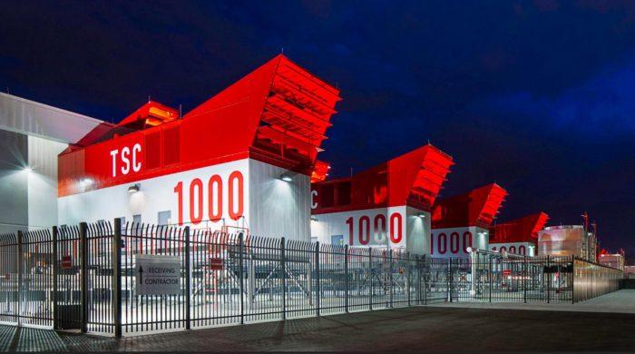 Switch社のデータセンター。放熱機能の重要性がよくわかる。